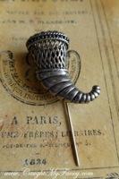 Victorian Tussie Mussie Pin