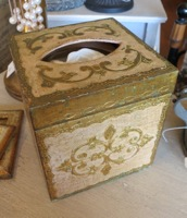 Pink & Gold Florentine Tissue Box Holder